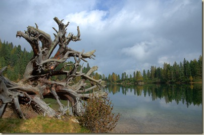 der Puntleider See im Herbst
